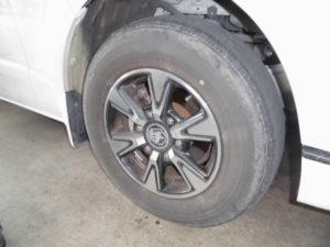 純正タイヤ